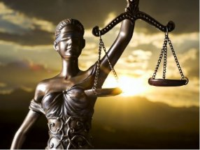 Curso monográfico Responsabilidades administrativas e penais de autoridades e funcionarios
